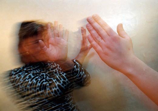 Veel meer meldingen van huiselijk geweld en kindermishandeling in het Gooi en de Vechtstreek
