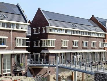 Waarom stijgt de prijs van nieuwbouwwoningen harder dan die van bestaande woningen en wat is daaraan te doen?