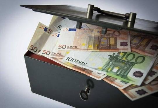 Financiën Laren aanleiding voor enige zorg, accountant vraagt om 'alertheid'