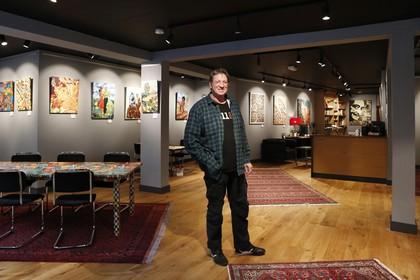 Na een carrière in de coffeeshop duikt Peter Samsom (61) nu de kunstwereld in