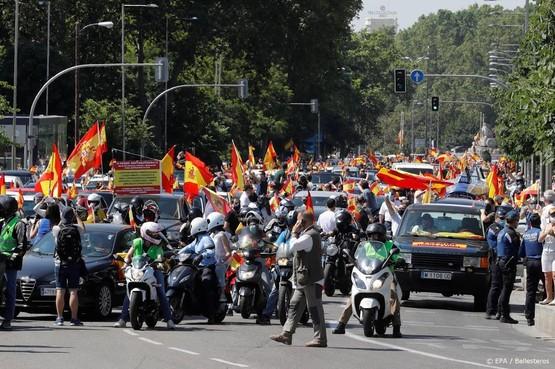 Duizenden demonstreren tegen lockdown Spanje
