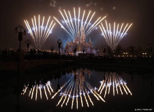 Disneyland Shanghai sluit op topdag vanwege coronavirus
