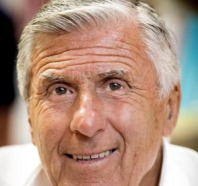 'Mister Ajax' Swart: kippenvel na overlijdensbericht Barry Hulshoff