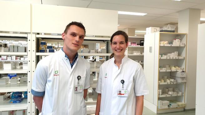 Man of vrouw, dik of dun? Voor iedereen een andere pil; Tergooi-apothekers Linda Hendriksen en Koen van Rhee doen onderzoek naar medicijnen op maat