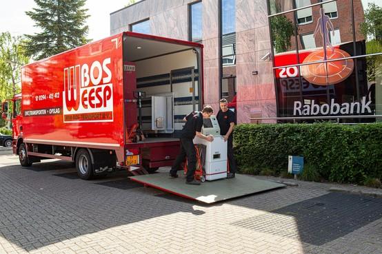 Weesper transportbedrijf Bos boos over uitlatingen wethouder Vos: 'Straks zitten we klem tussen woningbouw op bedrijventerrein'