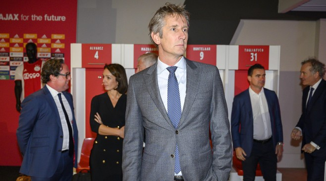 Van der Sar nog vier jaar Ajax-directeur