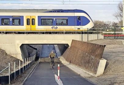 Werkzaamheden aan spoor bij Naarden; zeer beperkt treinverkeer mogelijk in voorjaarsvakantie