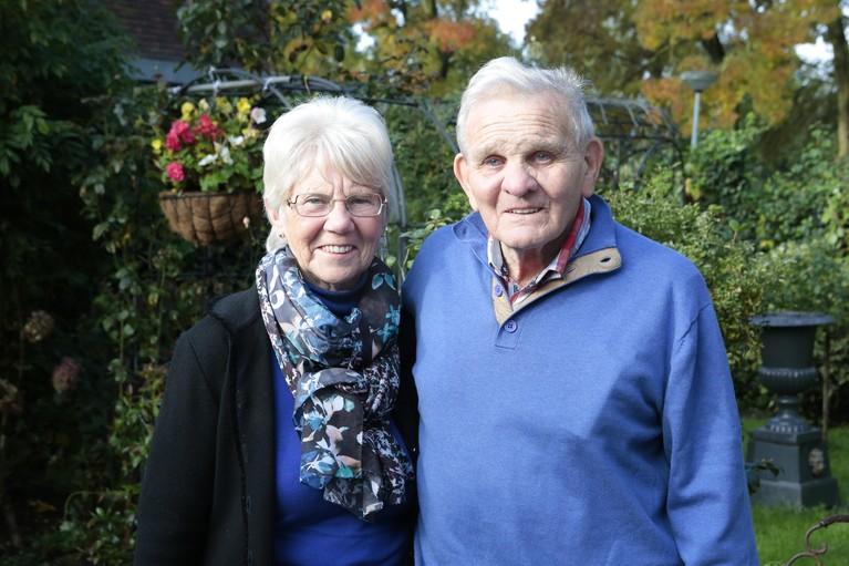 Wim en Femmy Pruimboom uit Huizen 60 jaar getrouwd: 'Mijn broertje viel met ons trouwgebak van de trap'