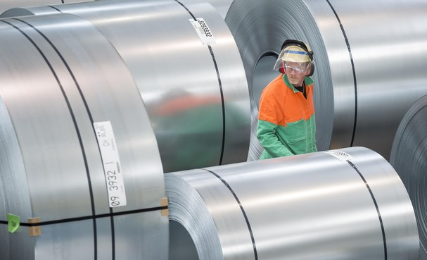 Zorg provincie Noord-Holland om banen Tata Steel