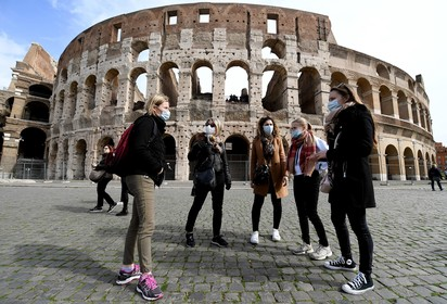 Coronavirus bedreigt buitenlandse werkweken van Gooise scholieren; 'Gaan we nog naar Rome toe?', is de grote vraag