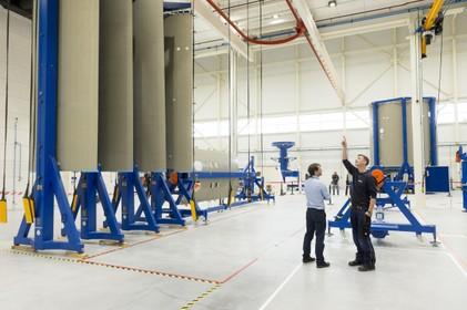 Lancering raketfabriek in Oegstgeest