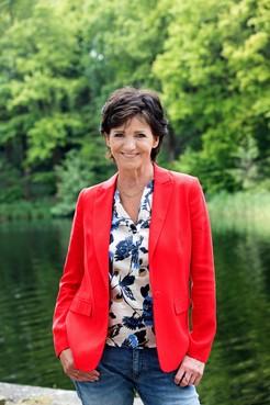 Martine van Os: lekker losgaan in de kamer
