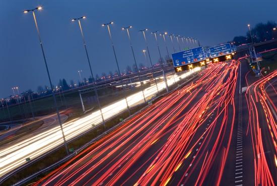 Europese test op wegennet rond Amsterdam: minder in de file met betere navigatie