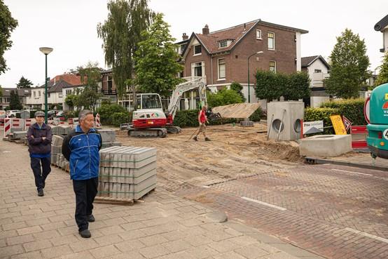 Eemnesserweg in Baarn drie weken gesloten voor reconstructie kruispunt