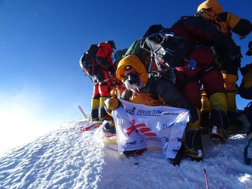 Wilco Dekker na bereiken top over dodental Mount Everest: 'Laat alleen klimmers met een staat van dienst omhoog gaan'