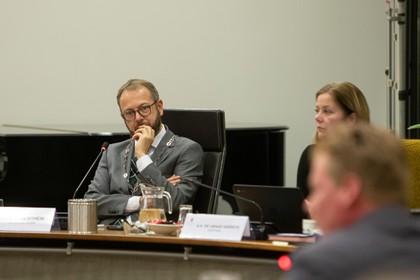 Burgemeester Eemnes doet geen aangifte wegens loslippigheid