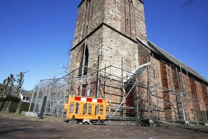 Johanneskerk Laren in de steigers: eerste stapje renovatie