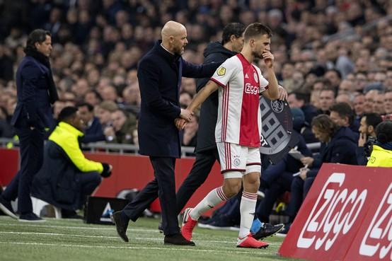 Ajax twee maanden zonder Veltman na operatie