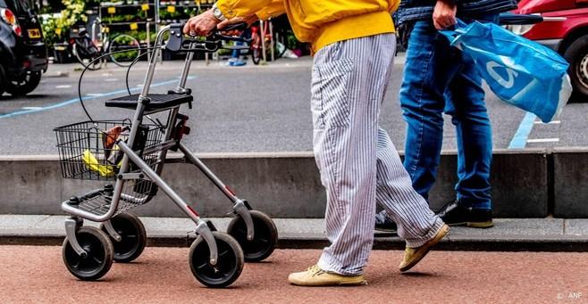 'Nederlanders moeten meer praten over zorg op oude dag'