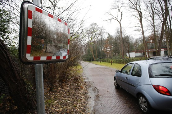 Verbreding Lange Wijnen in Laren is 'ongunstigste' optie voor ontsluiten van nieuwe Rosa Spier Huis