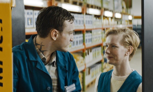Filmrecensie: Genieten van zonderlinge types in een magazijn