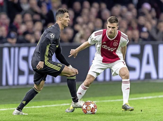 Voor Joël Veltman, wiens vader bij Tata Steel werkt, is Telstar-Ajax een bijzondere wedstrijd: 'IJmuiden heeft me gevormd'
