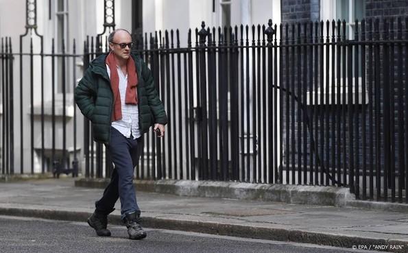 Adviseur en vertrouweling Britse premier onder vuur over lockdown
