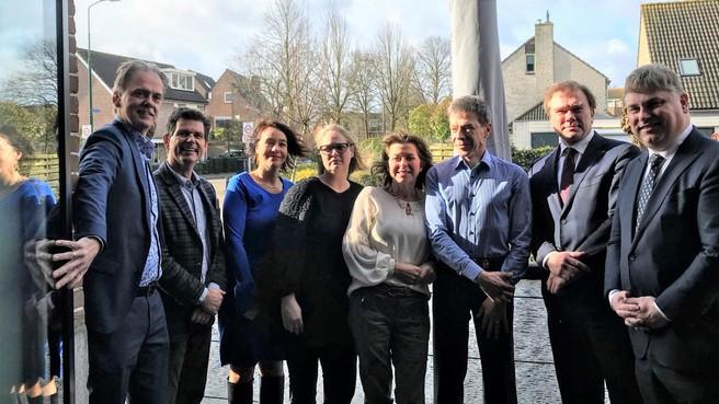 Verzet tegen varen over 's-Gravelandse Vaart voelt zich meer en meer gesteund