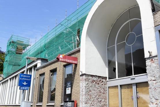 Verbouwing: Langzaam maar zeker verdwijnt oude postkantoor