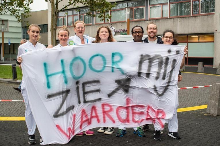 Ziekenhuizen klaar voor grote actiedag, Noord-Hollandse bussen naar Jaarbeursplein