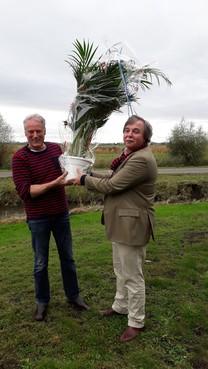 Liberale lof voor agrarisch ondernemer; Eemnesser Frans Rigter gehuldigd