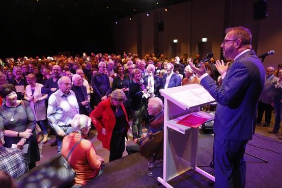 'Eemnessers, gefeliciteerd met uw dorp, want we staan er hier goed voor'