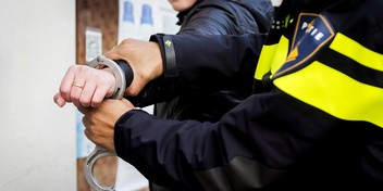 Twee tieners aangehouden voor beroving van leeftijdsgenoot in Kortenhoef