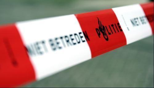 Veel illegaliteit op Gooimeer Zuid; spullen voor grootschalige illegale hennepteelt aangetroffen waaronder geldtelmachine