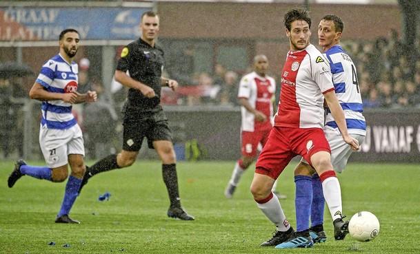 Regionale voetbalclubs scharen zich achter het besluit van de KNVB om seizoen te beëindigen: 'We spelen nu een veel belangrijkere wedstrijd'