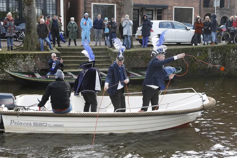 Prins Carnaval wil met ludieke actie af van zwemverbod in de Vesting