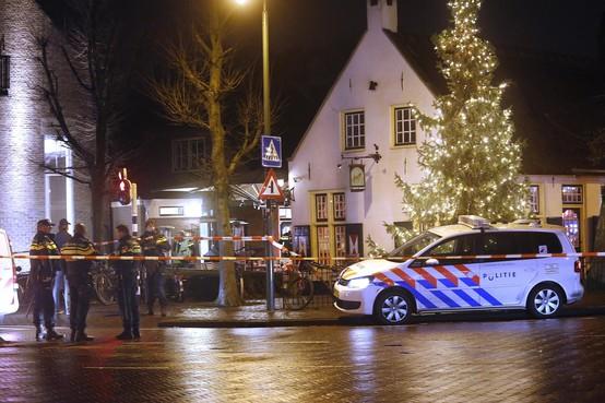 19-jarige man uit Marknesse wordt verdacht van poging tot doodslag op politieagent in t' Bonte Paard in Laren