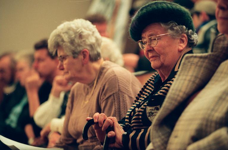 De Kijk van Kastermans: Bezuinigen op Hilversumse ouderen
