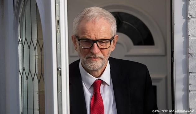 Corbyn maakt excuus aan Labour-kiezers